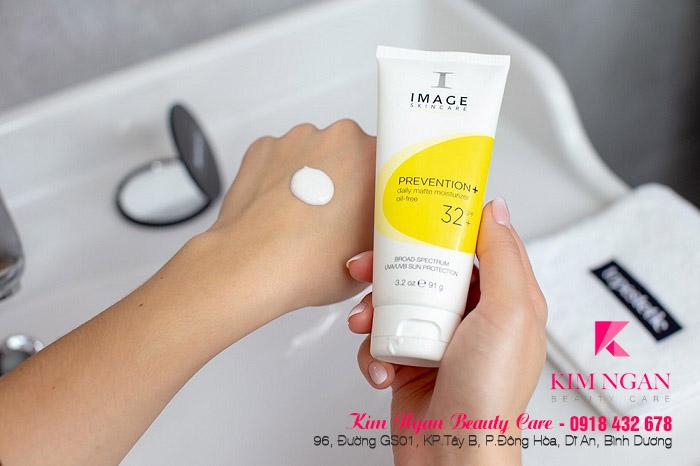 Kem chống nắng dành cho da dầu image skincare