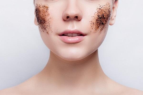 4 Sai lầm khiến da mặt bạn già nhanh chóng